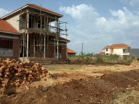 Picture: upmarket housing under construction in Masindi