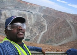 The writer at the top of the super pit gold mine
