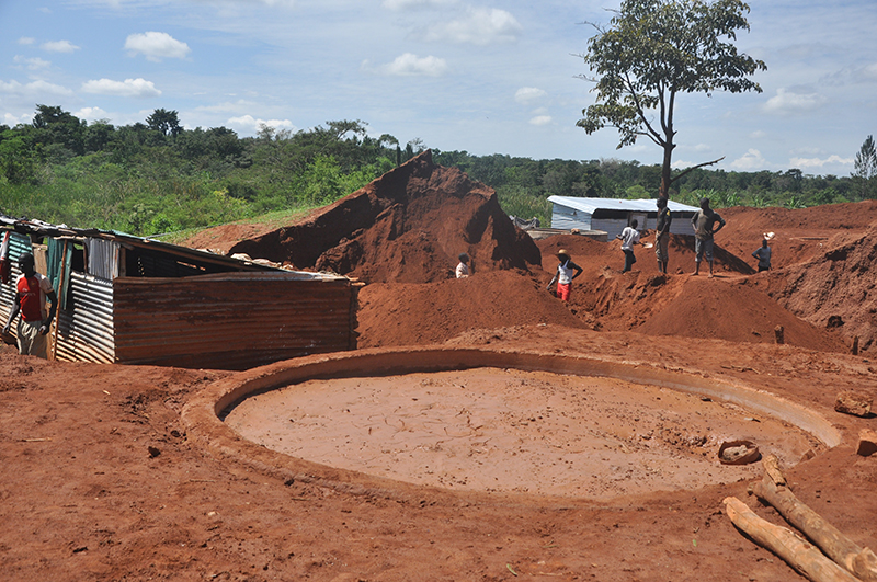 An open processing pit in Nsango B mining site where Cyanide is used to attract the gold nuggets from tailings, Photo by Josephine Nabaale